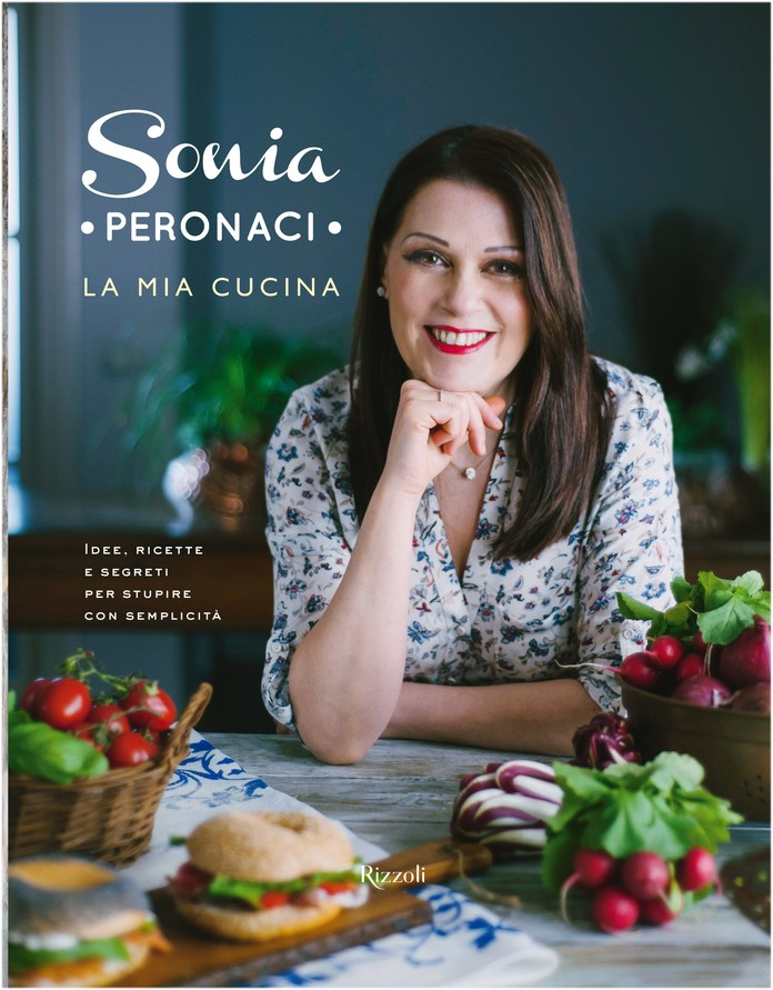 La copertina del nuovo libro di ricette di Sonia Peronaci, disponibile a partire dal 26 maggio 2016 .